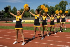 Christine_Thelen_Cheerleaders